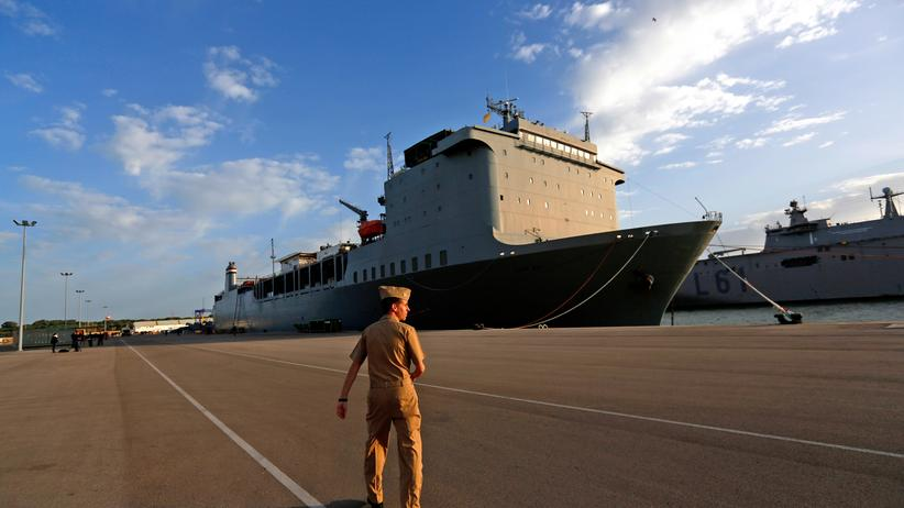 Vernichtung von Kampfstoffen: Der US-Frachter Cape Ray im spanischen US-Marinestützpunkt Rota (Archiv)
