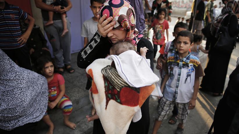 Gaza: Tausende Palästinenser fliehen nach massivem Beschuss