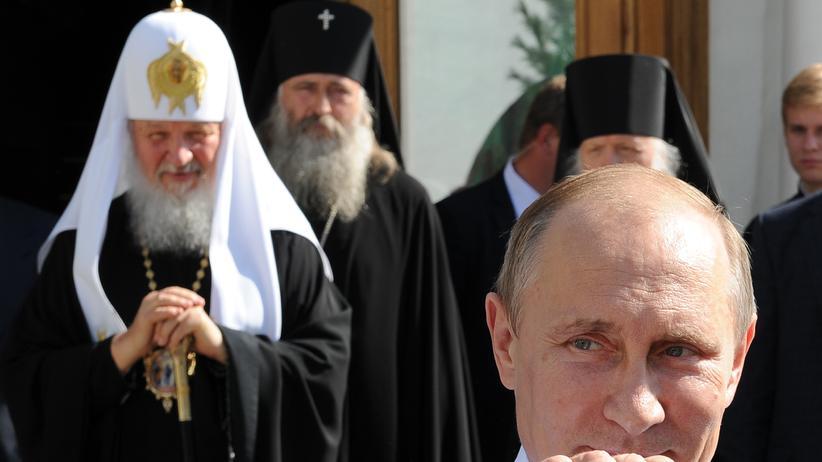 Russischer Nationalismus: Russlands Herrscher nach einem Treffen mit dem orthodoxen Patriarch Kirill in einem Kloster in der Nähe von Moskau