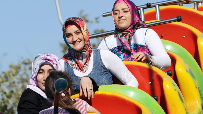 Türkei: Türkinnen in einem Vergnügungspark in Istanbul.