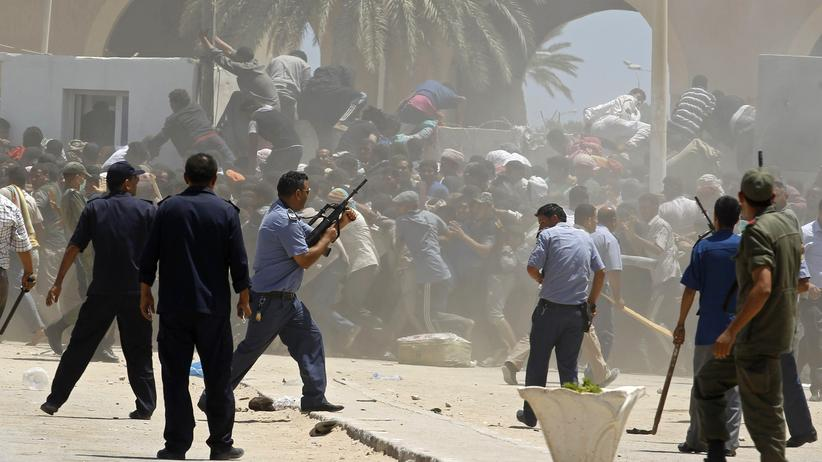 Libyen: Großbritannien zieht Botschafter aus Tripolis ab