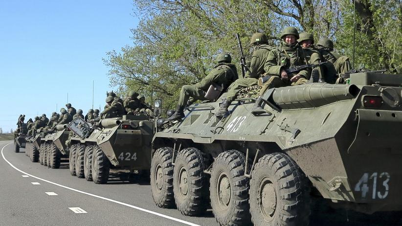 Ukraine-Konflikt: Russische Soldaten nahe der Stadt Belgorod an der russisch-ukrainischen Grenze (Archiv).