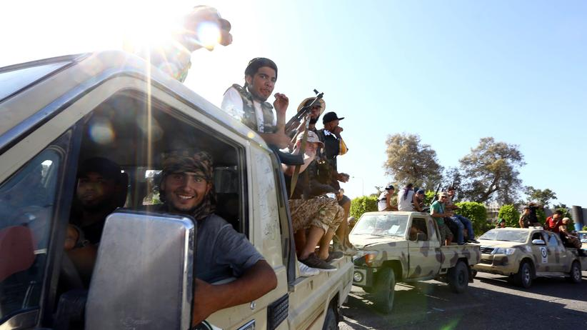 Libyen: Islamistische Kämpfer der Gruppe Fajr Liya in Tripolis, Libyen