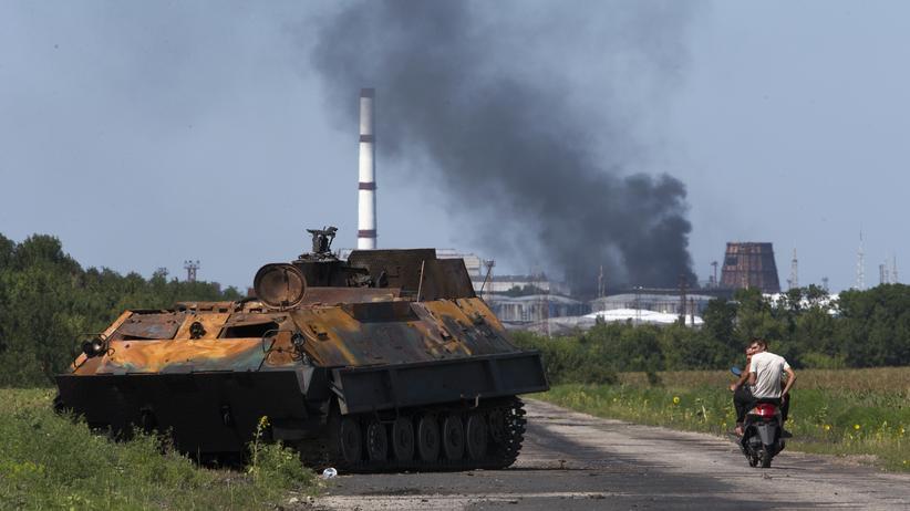 Ukraine-Krise: Ein Panzer in der umkämpften Region Luhansk