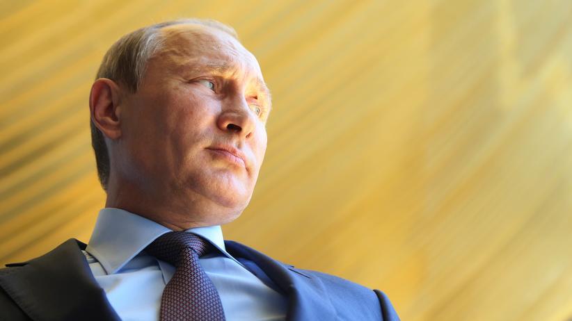 Wladimir Putin: Provokation in Unschuldsweiß