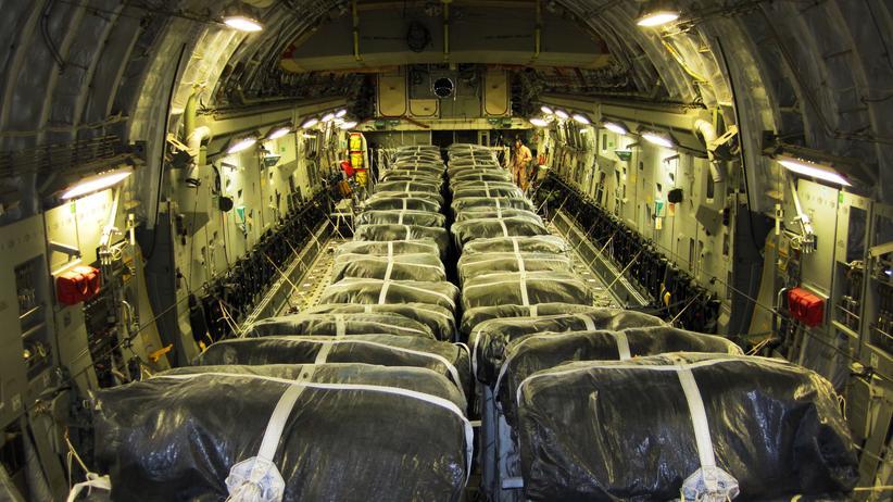 Hilfsgüter an Bord einer C-17 Globemaster III der US-Airforce