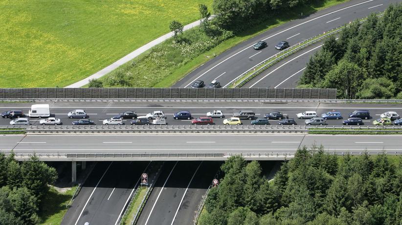 Blick auf einen Abschnitt der A10 zwischen Salzburg and Villach