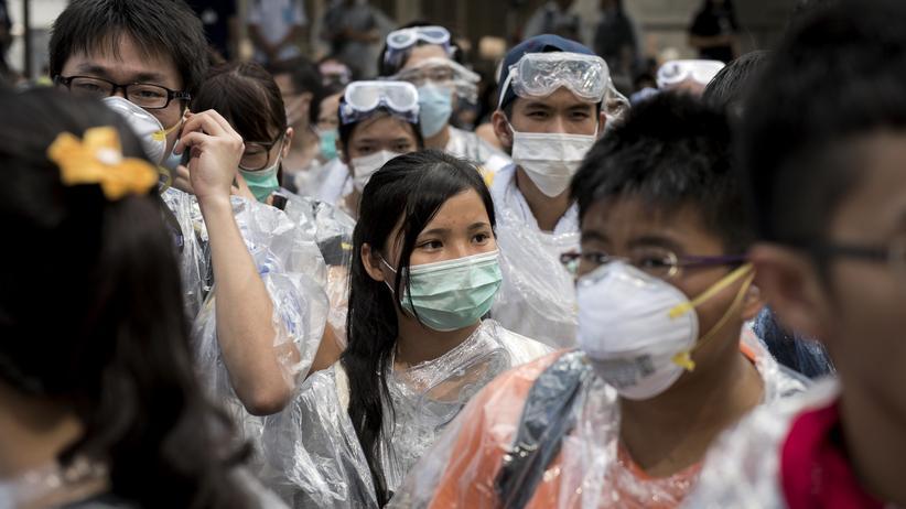 China: Aktivisten besetzen Finanzdistrikt in Hongkong