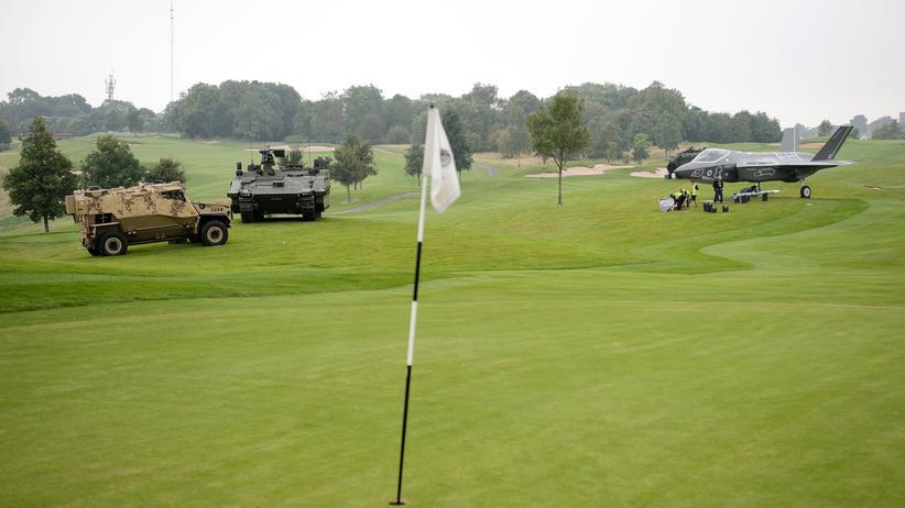 Nato-Gipfel: Panzer auf dem Golfplatz