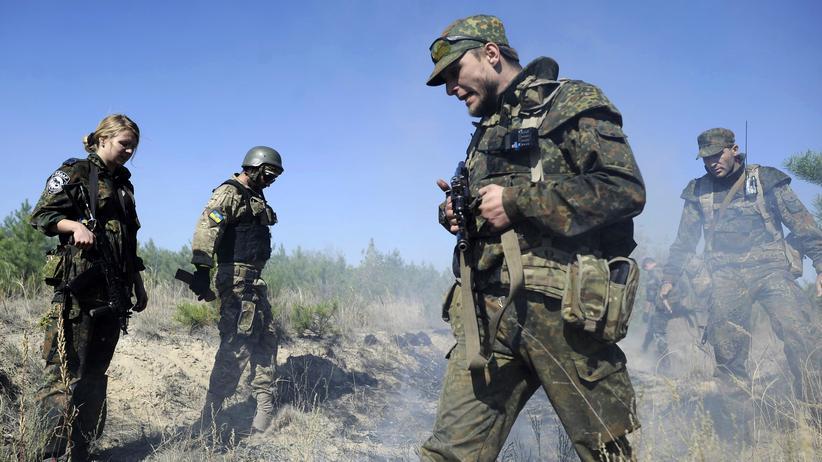 Weltpolitik: Soldaten der ukrainischen Armee in der Nähe von Luhansk