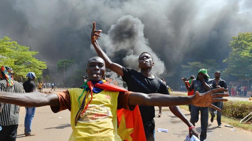 Militärputsch: Präsident von Burkina Faso lehnt Rücktritt ab