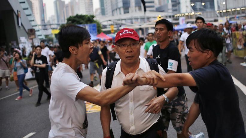 Hongkong: Tausende versammeln sich zu neuem Protestmarsch