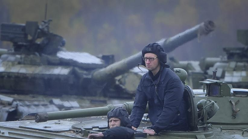 Arseni Jazenjuk: Der Mann, der die Ukraine retten will