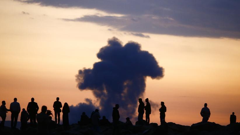 """""""Islamischer Staat"""": US-Militär wirft Waffen für kurdische Kämpfer in Kobani ab"""