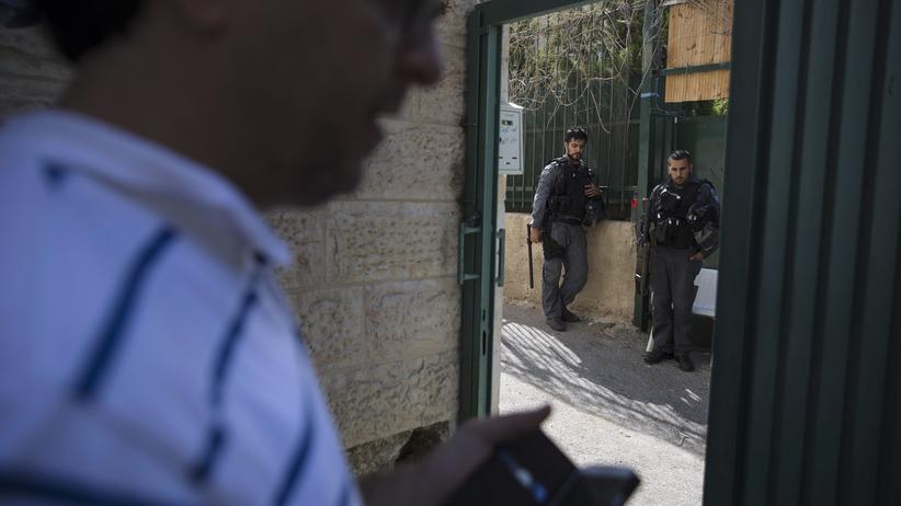 Siedlungsbau: Jüdische Siedler zogen in dieser Woche unter dem Schutz der israelischen Polizei in Wohnungen in Ostjerusalem ein.