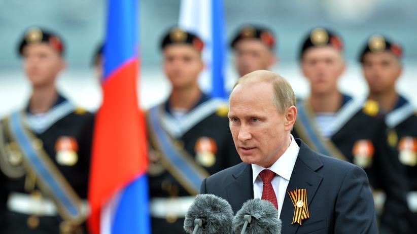 Ukraine-Konflikt: Russlands Präsident Wladimir Putin im Mai in Sewastopol auf der Krim