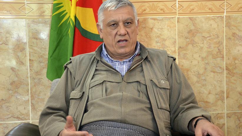 """""""Islamischer Staat"""": PKK-Chef Cemil Bayik bei einem Interview im Oktober 2013."""