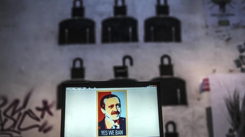 Politik, Zensur in der Türkei, Recep Tayyip Erdoğan, Zensur, Korruption, Türkei, AKP, Medien, Ermittlung, Journalismus, Pressefreiheit, Irak, Russland, USA, Ankara, Istanbul, Mossul