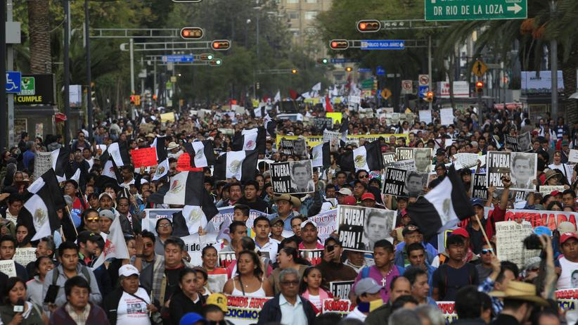 Politik, Mexiko, Mexiko, Drogenkartell, Korruption, Student, Verbrechen, Mexiko-Stadt