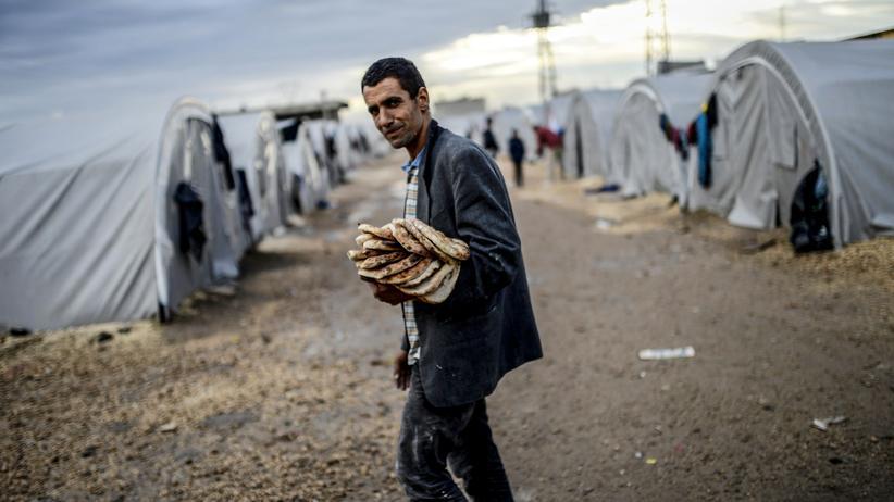 Vereinte Nationen: Die Vereinten Nationen müssen aus Geldmangel die Nahrungsmittelhilfe für syrische Flüchtlinge einstellen.