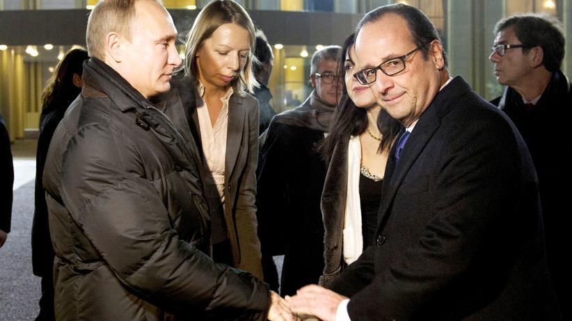 Wladimir Putin: Der russische Präsident Putin und sein französischer Kollege Hollande bei einem Treffen im Moskau am 6. Dezember