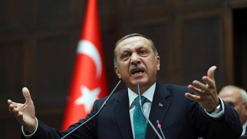 Recep Tayyip Erdoğan vor dem türkischen Parlament