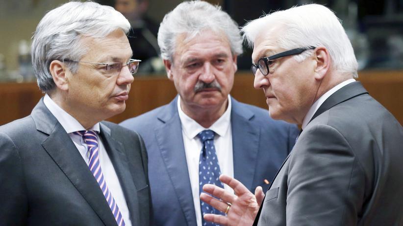 Europäische Union: Außenminister weiten Russland-Sanktionen aus