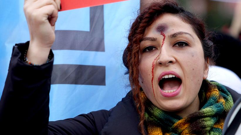 Demonstrantin in Ankara
