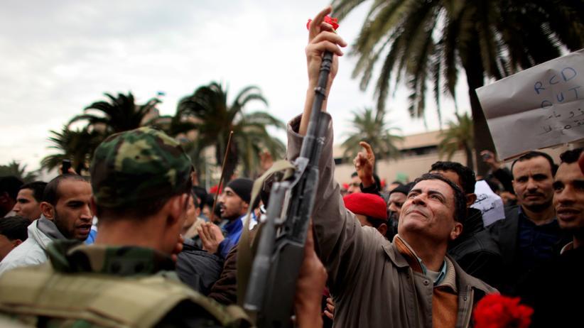 Revolution: Politik, Revolution, Revolution, Frankreich, Tunesien, Ukraine