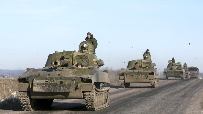 Ukraine-Krieg: Ukrainische Armee will schwere Waffen abziehen