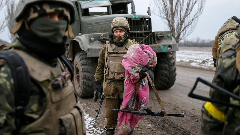 Ukraine-Krieg: Politik, Ukraine-Krieg, Militär, Krieg, Ukraine, Russland, Diaspora, Bundesregierung, Waffenruhe, Kirche, Konflikt, Donezk, Europa, Krim