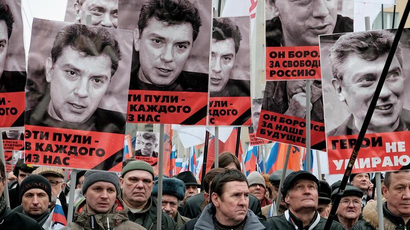 Russlands Opposition: Politik, Russlands Opposition, Boris Nemzow, Mord, Russland, Opposition, Wladimir Putin, Moskau, Geheimdienst, Ramsan Kadyrow, Schweiz, Tschetschenien, Kiew, Krim