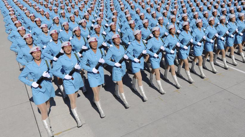 Rüstungsetat : Frauen des chinesischen Militärs
