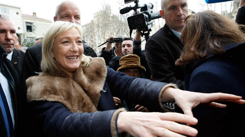 Frankreich: Marine Le Pen auf Wahlkampftour in Avignon