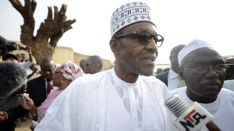 Wahl: Ein harter Mann für Nigeria