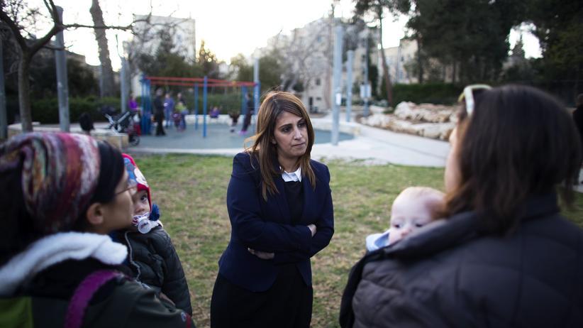 Ruth Colian, Chefin der ultraorthodoxen Frauenpartei U'Bezchutan
