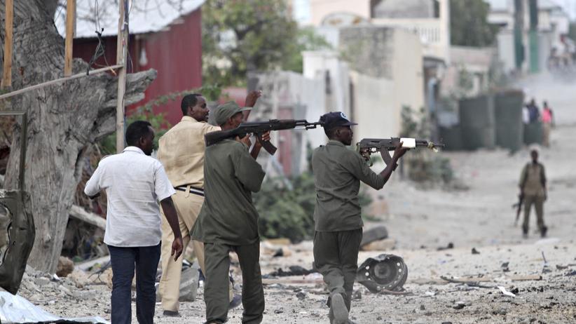 Somalia: Somalische Sicherheitskräfte vor dem Hotel Maka Al-Mukarama