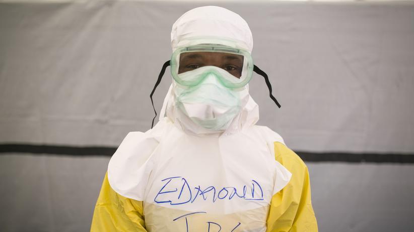 Ebola: Deutschland will Weißhelm-Truppe notfalls allein aufbauen