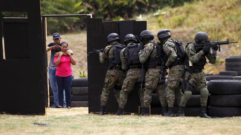 Entführung: Wirtschaft, Entführung, Entführung, Terrorismus, Islamischer Staat, Mexiko