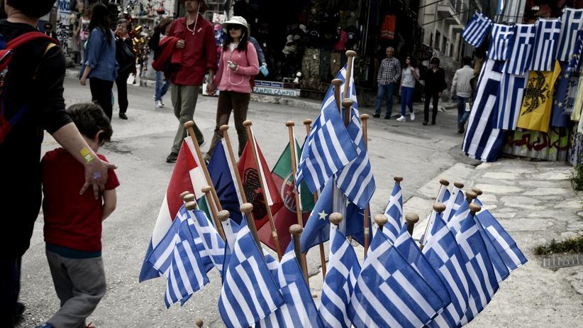 Eurokrise: Zu verkaufen: Griechische Flaggen in Athen