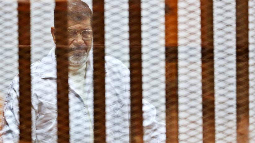 Ägypten: Mohammed Mursi zu 20 Jahren Haft verurteilt