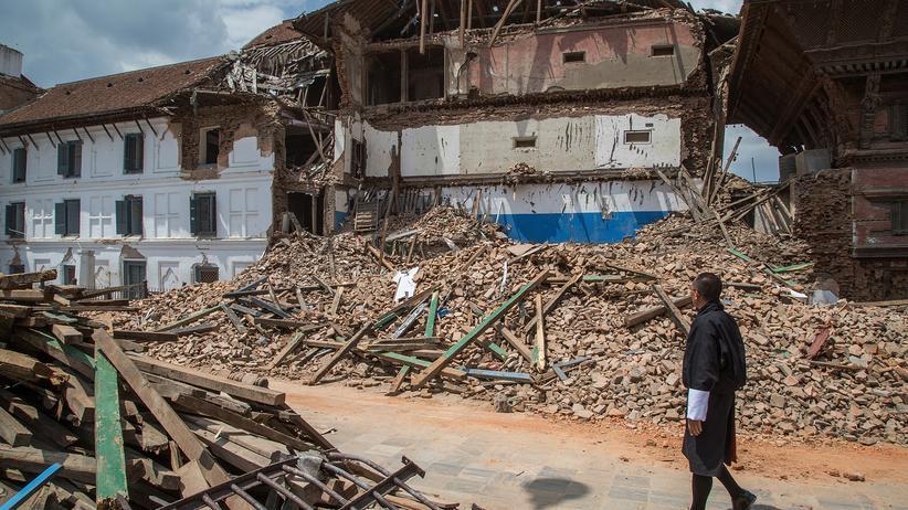 Erdbeben: Ein zerstörter Tempel in der nepalesischen Hauptstadt Kathmandu