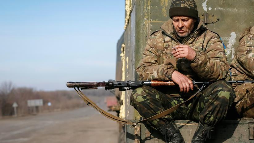 Ukraine-Krieg: Ein Soldat der ukrainischen Armee im Osten des Landes
