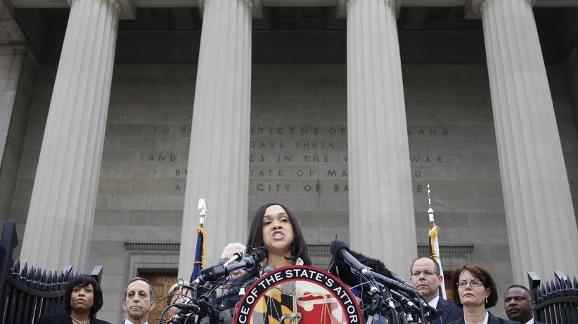 Staatsanwältin Marilyn Mosby äußert zu dem Fall des in Polizeigewahrsam gestorbenen Afroamerikaner Freddie G. in Baltimore.