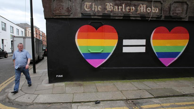 Gesellschaft, Gleichgeschlechtliche Ehe, Volksabstimmung, Homo-Ehe, Homosexualität, Kirche, Religion, Irland