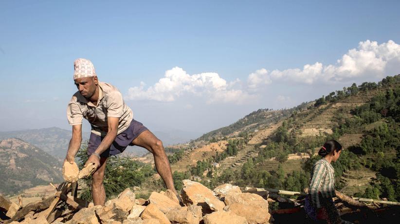 Nepal: Das Erdbeben gefährdet die junge Demokratie