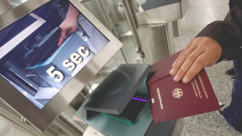 Russland Einreise Politiker Reisepass