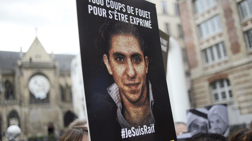 Bloggers Raef Badawi