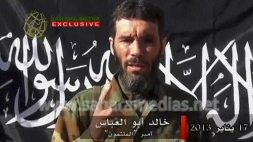 Mokhtar Belmokhtar: Der Dschihadistenführer Mokhtar Belmokhtar in einem Video von 2013