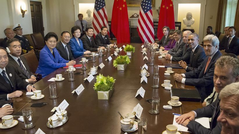 Cyberkriminalität: US-Präsident Obama beim Gespräch mit einer Delegation aus China.